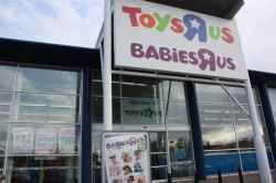 Photograph of Toys R Us